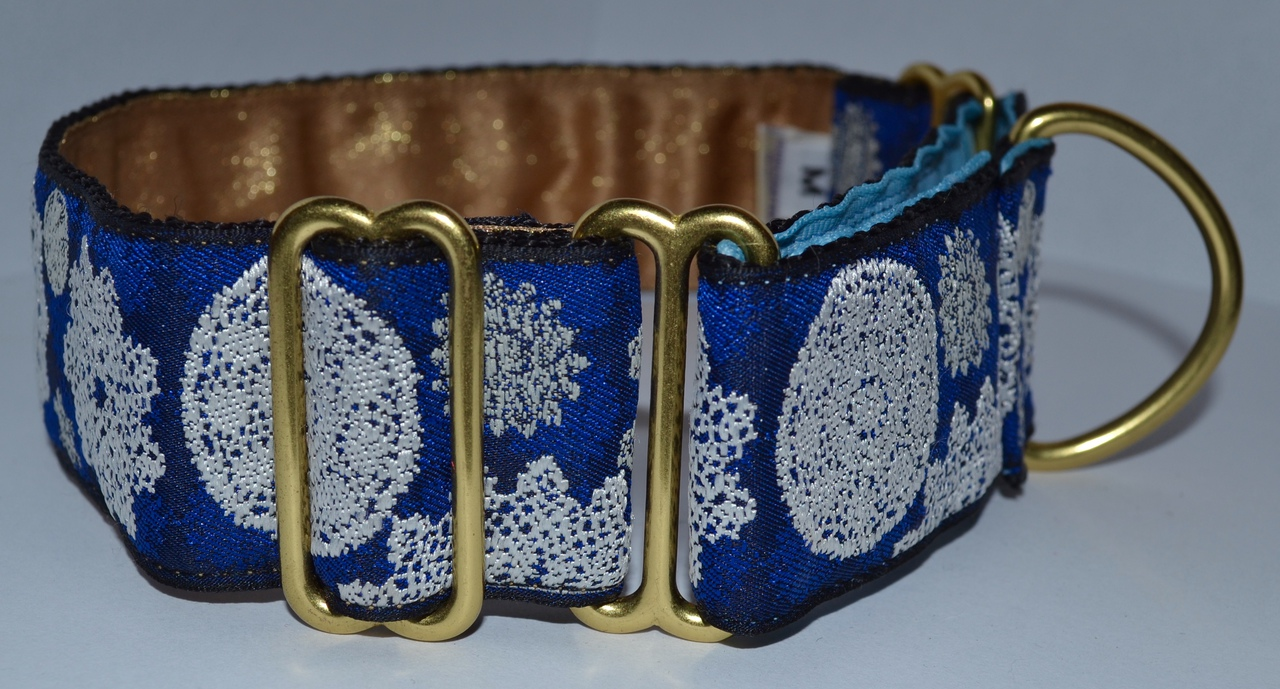 Snowflakes 1.5 inch Collar